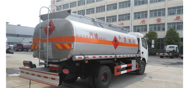 重汽30吨油罐车_加油车多少钱 运油车在哪买 价格_奥迪a6l2.4加油车抖动