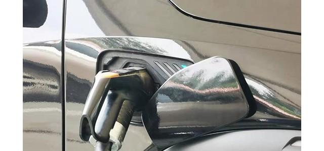 实地调查 || 新能源二手车为啥没人买?_汽车_对接垃圾车