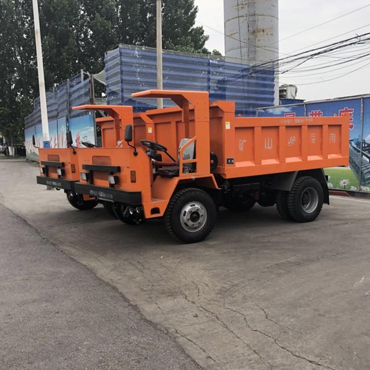 13米低平板半挂车淅川县_后八轮低平板运输车