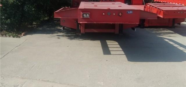 9米低平板半挂车舞阳县_铝合金低平板运输车