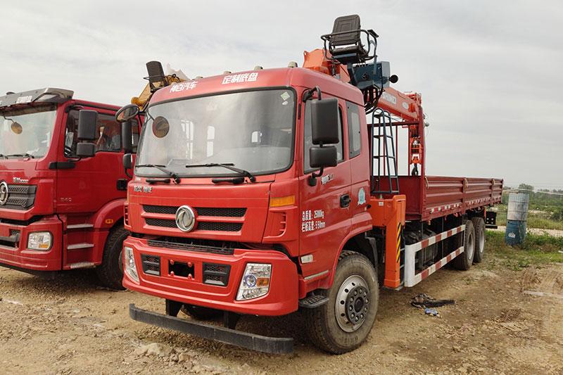 東風御龍石煤12噸隨車吊圖片