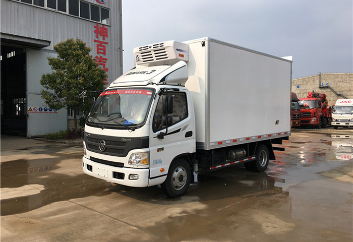 福田歐馬可肉鉤冷藏車圖片