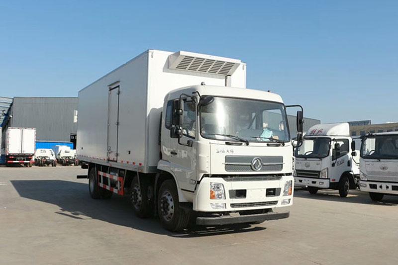 东风天锦小三轴冷藏车 大型冷藏车 第4张