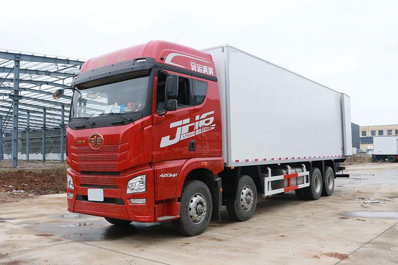 解放J6P前四后八冷藏車 大型冷藏車 第1張