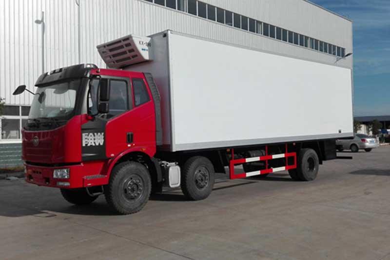 解放J6M_7.7米小三轴冷藏车 大型冷藏车 第1张