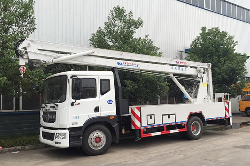 东风D9型20米高空作业车 高空作业车 第2张