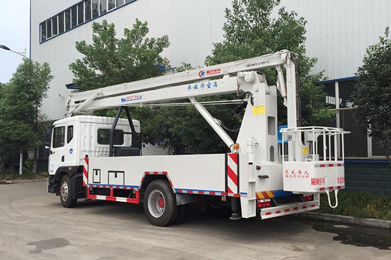 东风D9型20米高空作业车 高空作业车 第3张